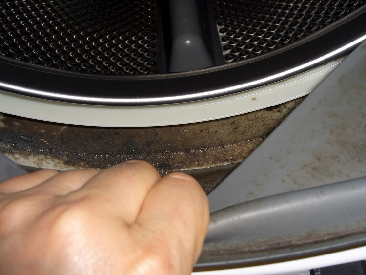 Horrible Noises Inside Kenmore HE3 Washer: Fixed! | The Smell of
