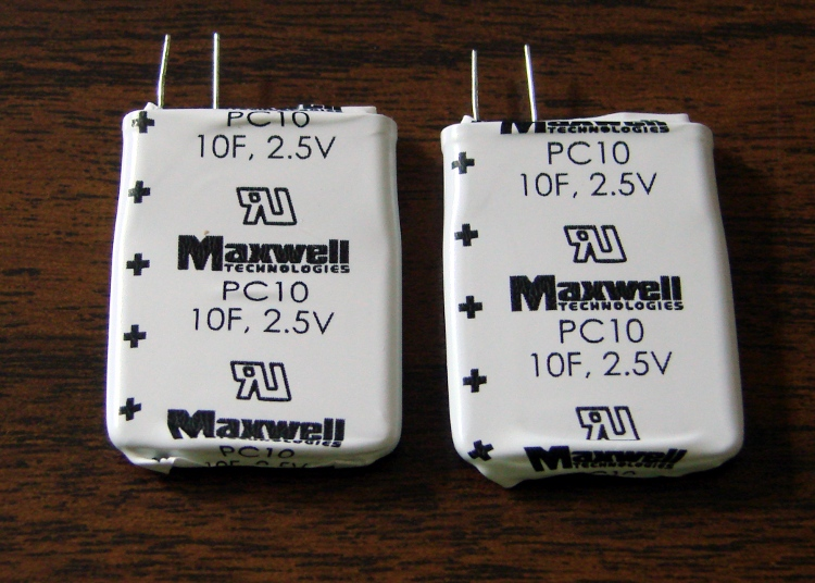 Maxwell 10 F Ultracapacitor: First Charge   The Smell of