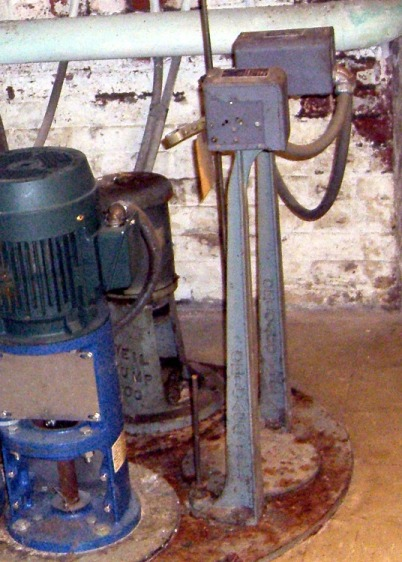Vassar College Chapel sump pumps - broken float switch rod