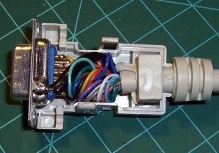 VGA-class Video Cable Connector