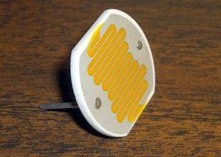 Cadmium sulfide photoresistor