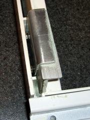 Refrigerator shelf bracket - bottom