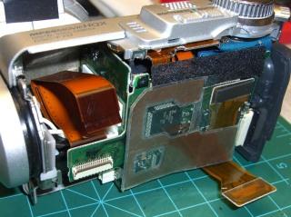 DSC-F717 main board cables
