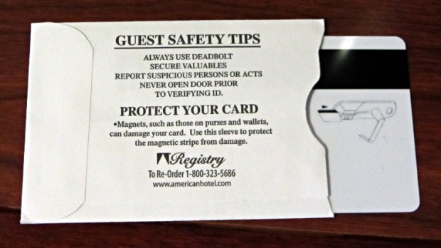 Magnetic card protection sleeve