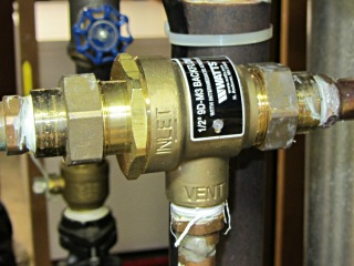Watts 9D-M3 Backflow Preventer Valve