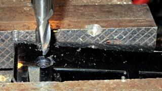 Sienna hatch - handle counterboring