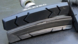 Worn-through brake pad