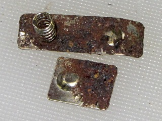 Corroded contacts - original