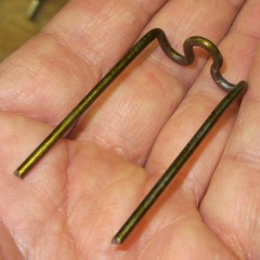 Screwdriver clip - arm bend