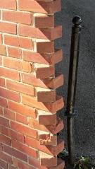 Acute-angle brick corner - detail