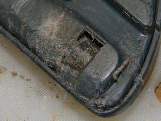 Samsung 9048 - worn roller - right