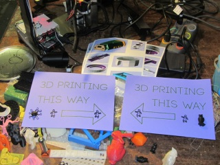 3D Printing This Way - with clutter