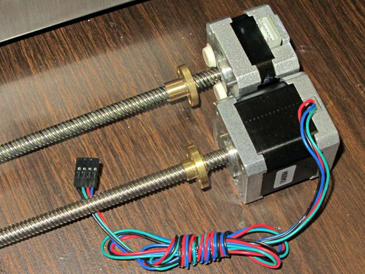Makergear m2 z axis stepper motor transplant the smell for Stepper motor vs servo