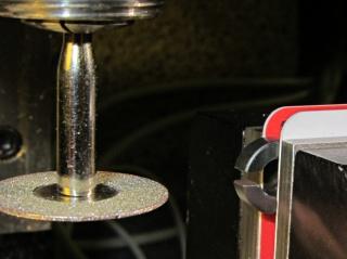 Slitting FT37 ferrite toroid