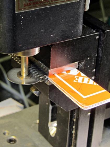 Header pin slicing