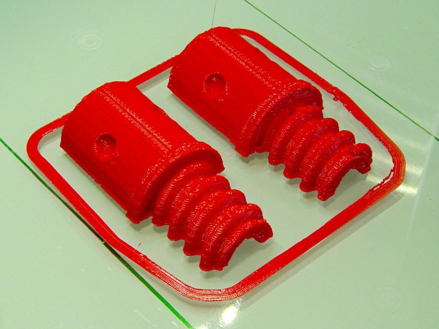 Broom Handle Screw - horizontal - as-printed top
