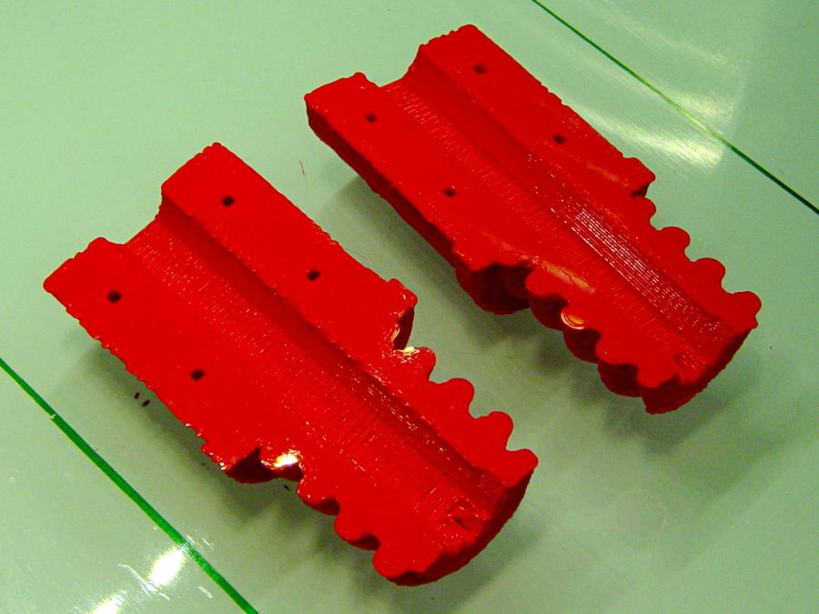 Broom Handle Screw - horizontal - as-printed bottom