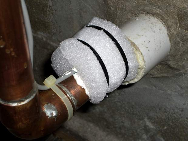 Town Water Inlet - temperature sensor insulation