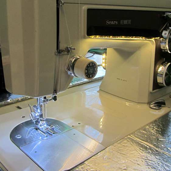 Kenmore 158 Sewing Machine - mixed LED lighting