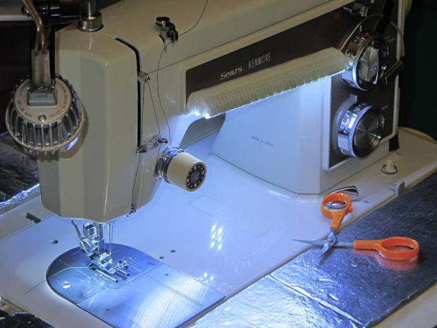 Kenmore 158 Sewing Machine - Cool white LEDs - front flash