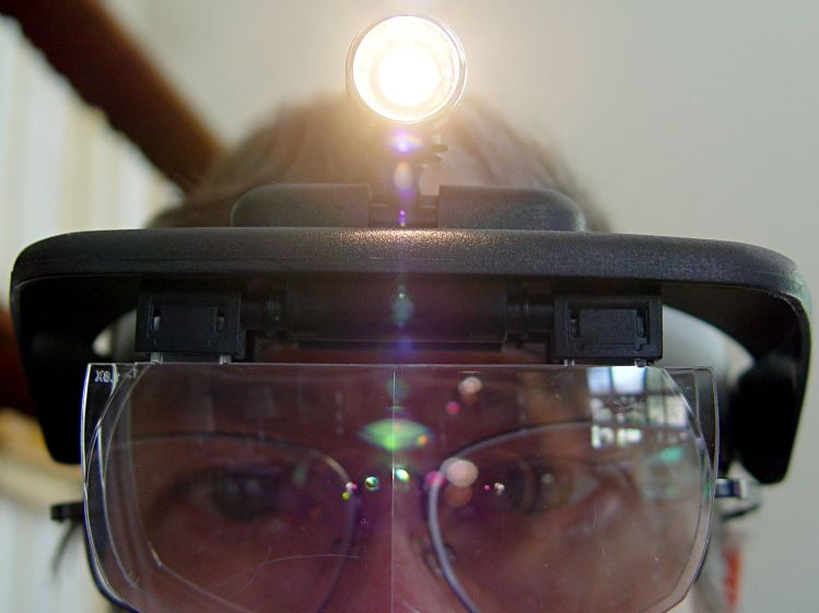 Magnifying headband - in action