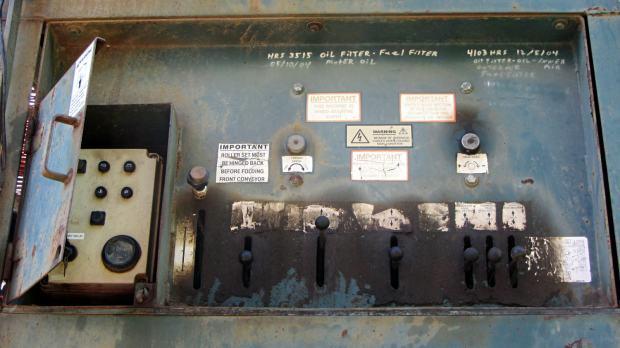 Power Screen Trommel - controls
