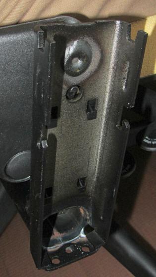 Steelcase Leap - arm bracket