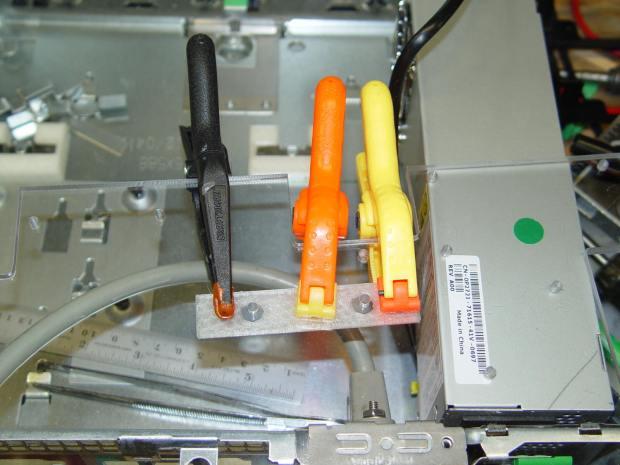 ET227 heatsink - gluing screw shield