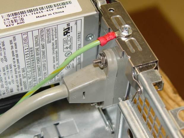 IEC Socket Mount - ground screw