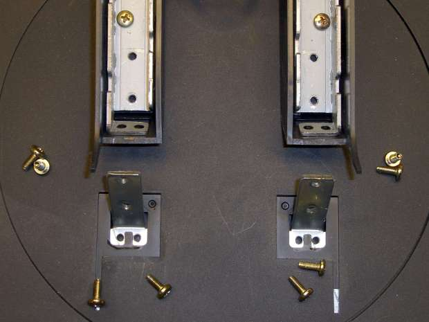 L191p Monitor Stand - struts disassembled