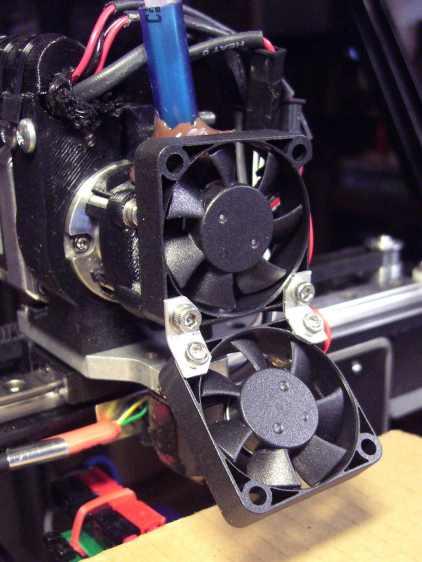 M2 V4 Extruder - 24 V fans