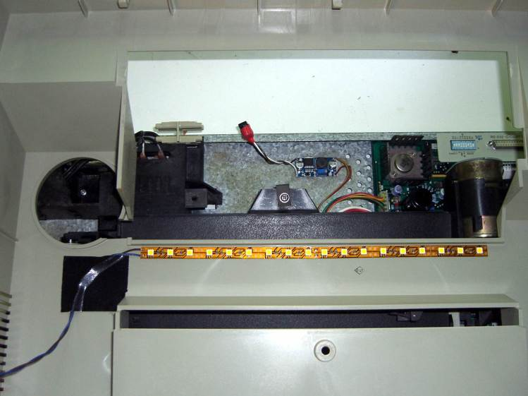 HP 7475A Plotter - LED strip and boost converter