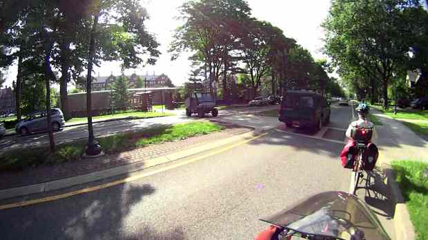 Raymond Avenue 2015-07-14 - Vassar Golf Cart - approach