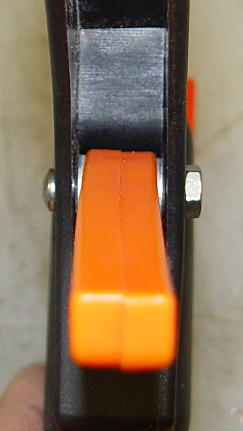 Harbor Freight 12 Inch Bar Clamp Handle Failure The Smell Of