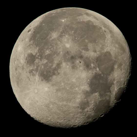 ISS Moon Transit - 2015-08-02 - NASA 19599509214_68eb2ae39f_o