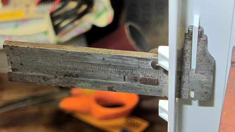 Refrigerator Drawer - measuring flange