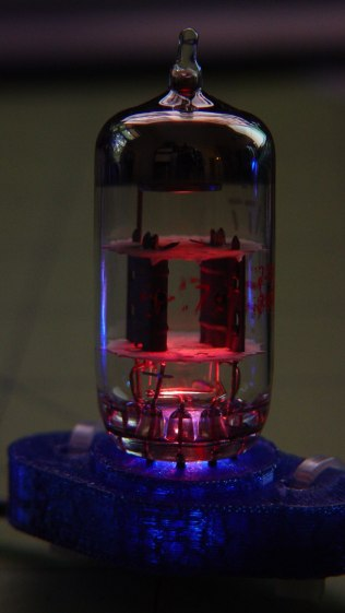 Vacuum Tube LEDs - Noval tube - red phase