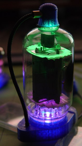 Vacuum Tube LEDs - IBM 21HB5A Beam Power Tube - green violet phase