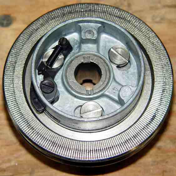 Kenmore 158.17032 - Handwheel clutch assembly