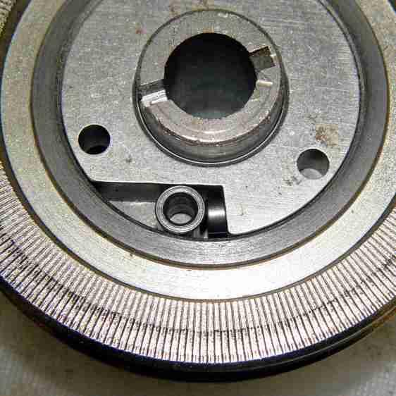 Kenmore 158.17032 - Handwheel clutch - detail