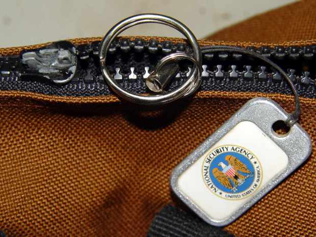 Belt Pack Zipper - missing tab and latch