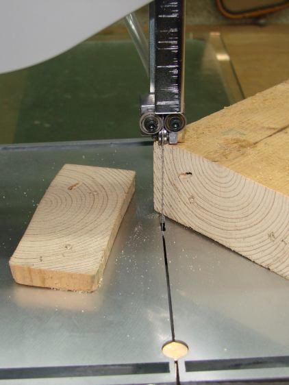 Micro-Mark Bandsaw - first cut