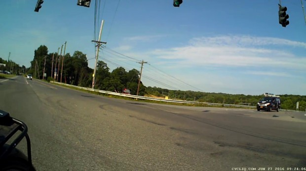 Jackson at New Hackensack - Signal Timing 2016-06-27 - 13 s - rear
