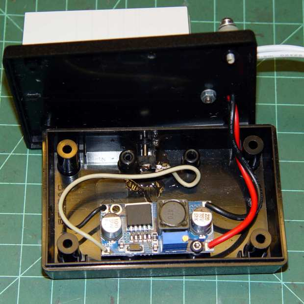 Needle LEDs power supply - interior