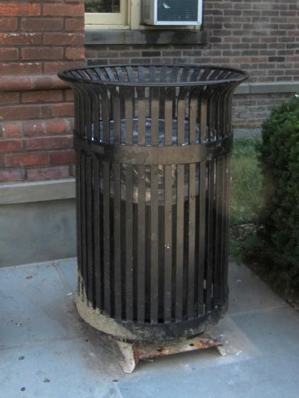 Vassar Old Main - High-availability Trash Can