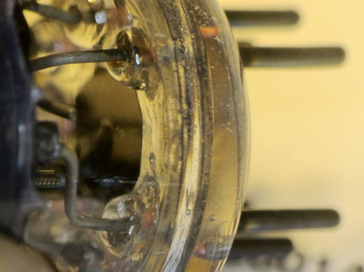 6BJ6 - octagon shield