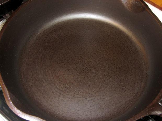 Medium cast iron pan - after - top