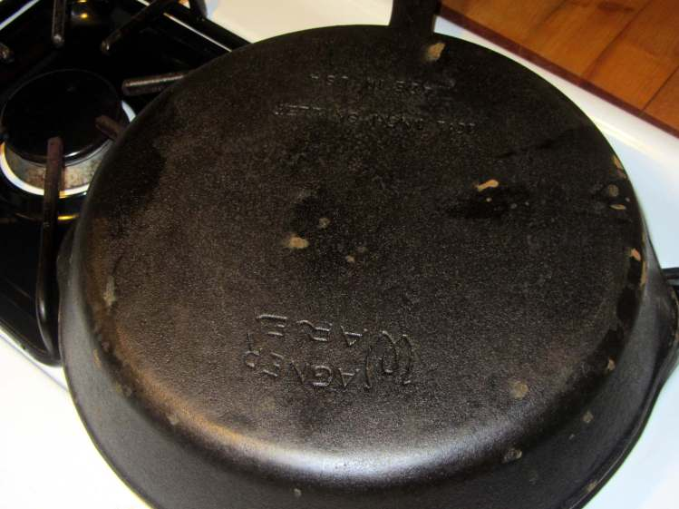 Wagner cast iron skillet - washed - bottom