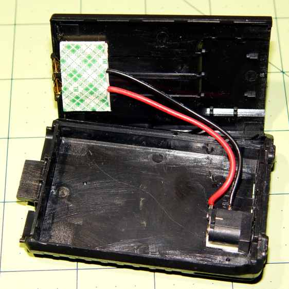 Baofeng Battery Eliminator - rewired interior