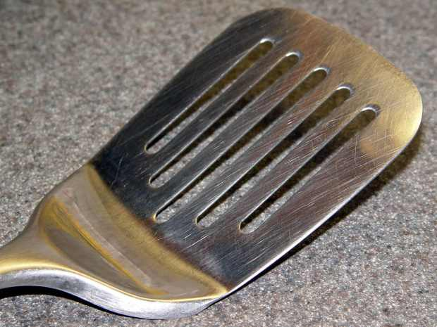 Spatula Search - heavy slotted metal